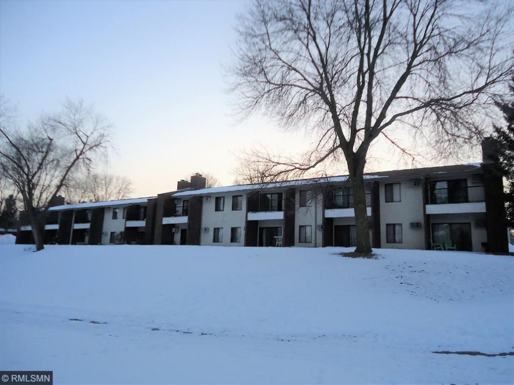 1574 Millpond Court, Chaska, MN 55318