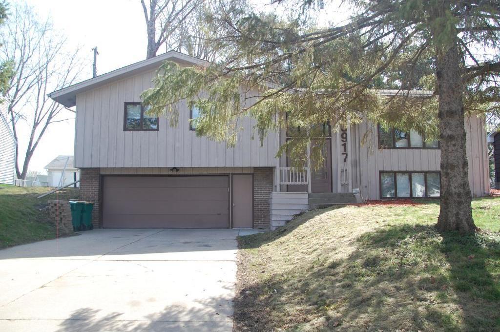 3917 NE Fordham Drive, Saint Anthony, MN 55421