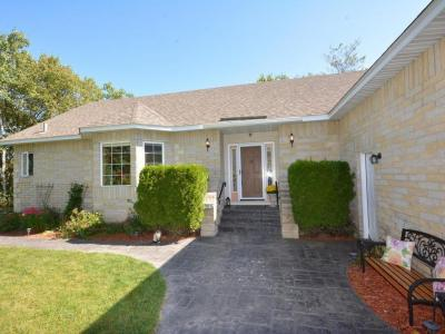 Photo of 2825 E 70th Street, Inver Grove Heights, MN 55076