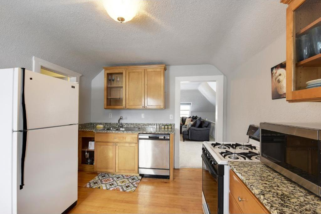 2504 Euclid Place, Minneapolis, MN 55405