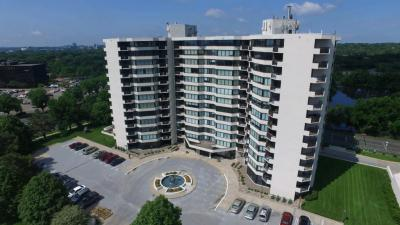 Photo of 6566 S France Avenue #104, Edina, MN 55435