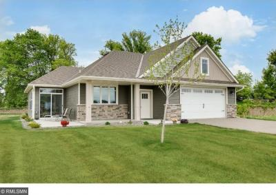 Photo of 4863 N Prairie Trail, Hugo, MN 55038
