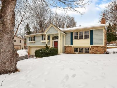 Photo of 5411 Mount Normandale Drive, Bloomington, MN 55437