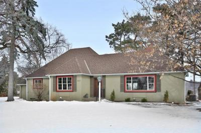 Photo of 4520 Sunset Ridge, Golden Valley, MN 55416