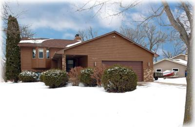 Photo of 8401 N Shadyview Lane, Maple Grove, MN 55311