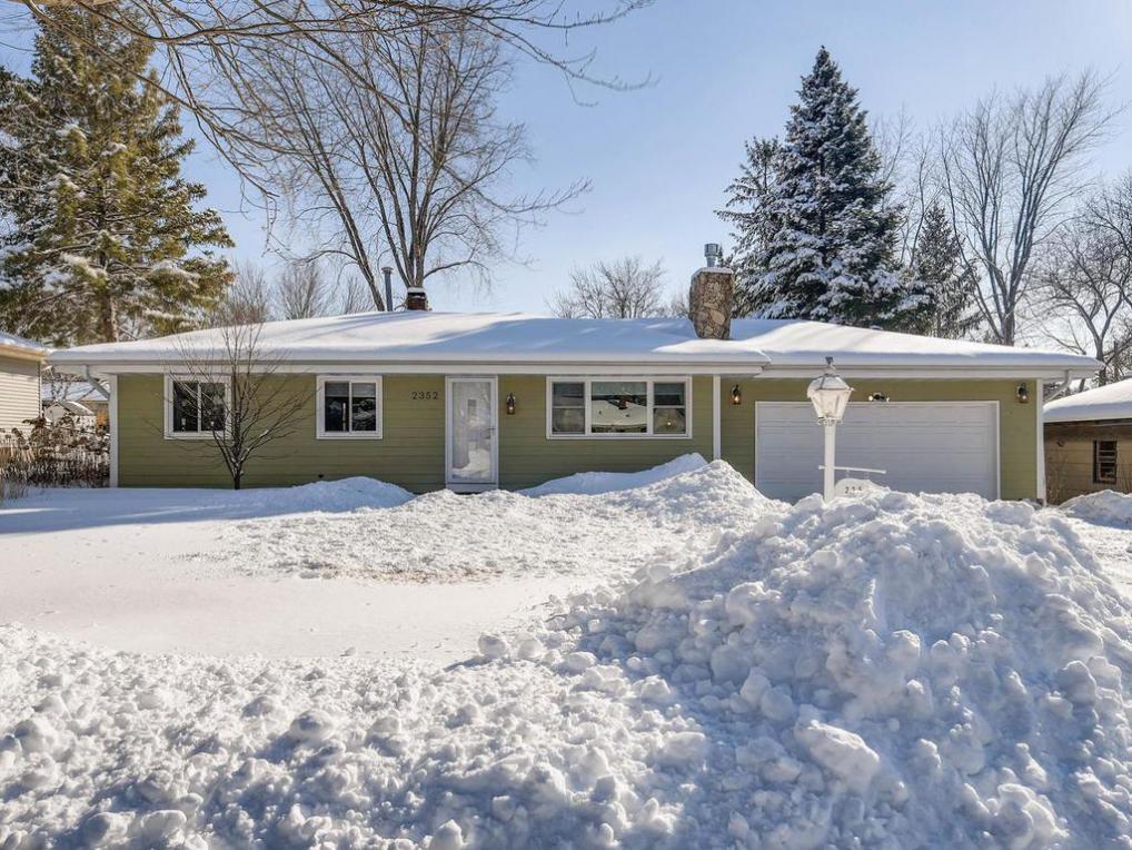2352 Jansen Avenue, White Bear Lake, MN 55110