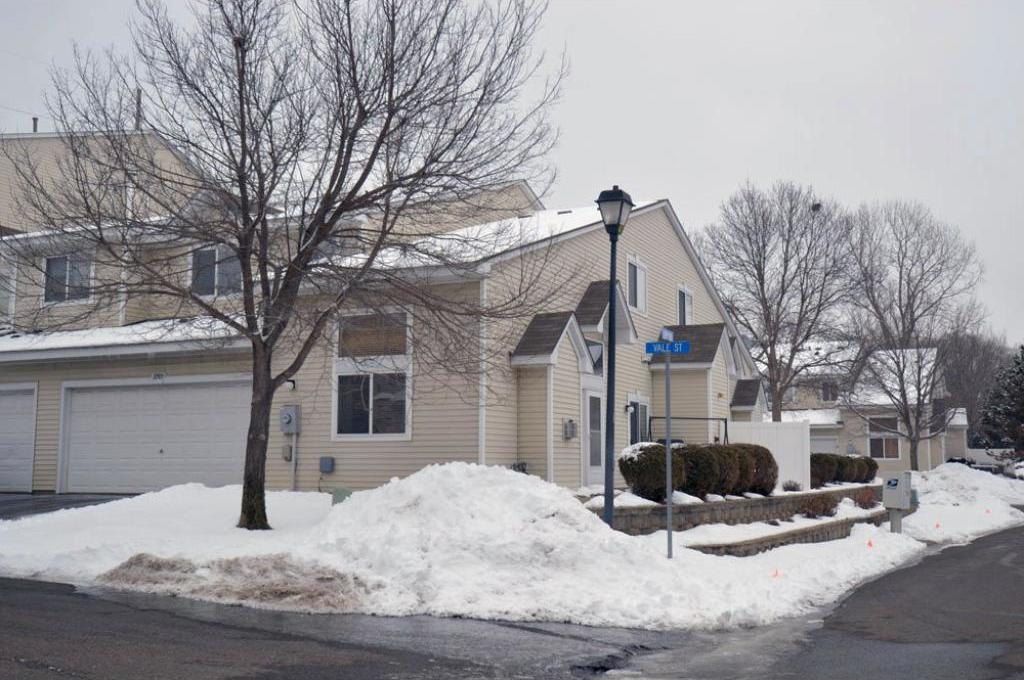 10909 NW Vale Street, Coon Rapids, MN 55433