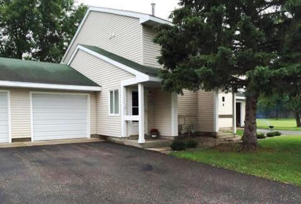 2525 Stockinger Drive, Saint Cloud, MN 56303