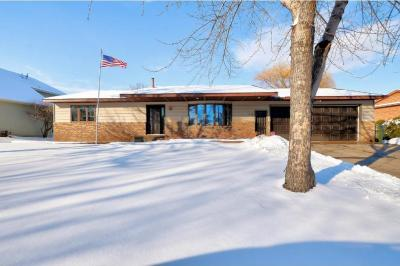 Photo of 1113 Clubview Drive, Monticello, MN 55362