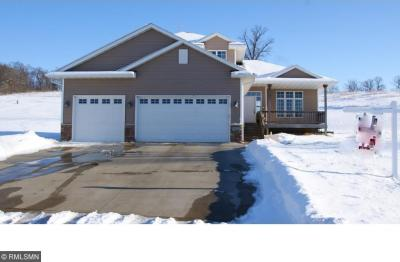 Photo of 833 Green Acre Court, Belle Plaine, MN 56011