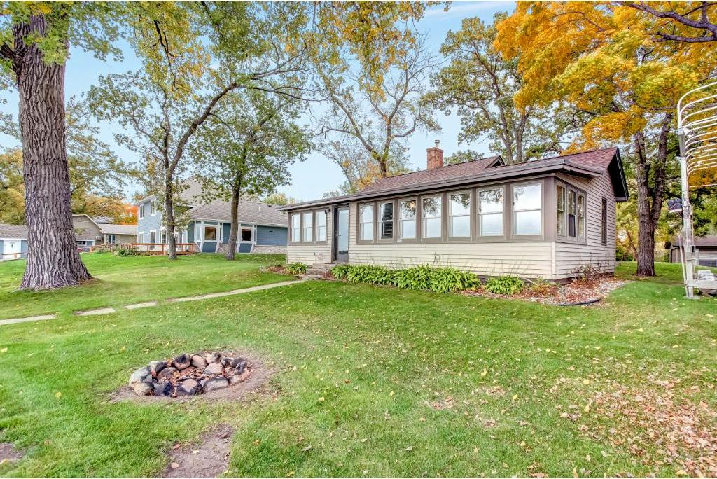 10891 NW Lawrence Avenue, Annandale, MN 55302