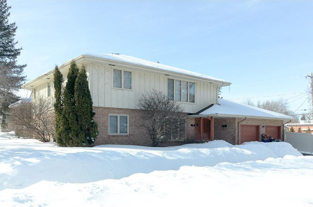 1315 Edgcumbe Road, Saint Paul, MN 55116