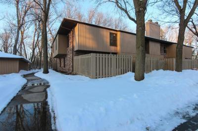 Photo of 2553 N Unity Avenue, Golden Valley, MN 55422