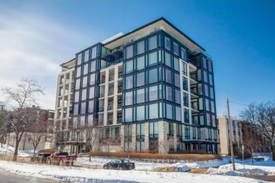 Photo of 301 Kenwood Parkway #302, Minneapolis, MN 55403