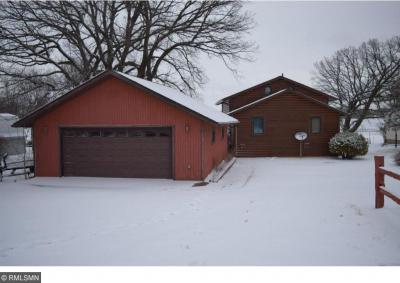 Photo of 32418 742nd Avenue, South Haven, MN 55382