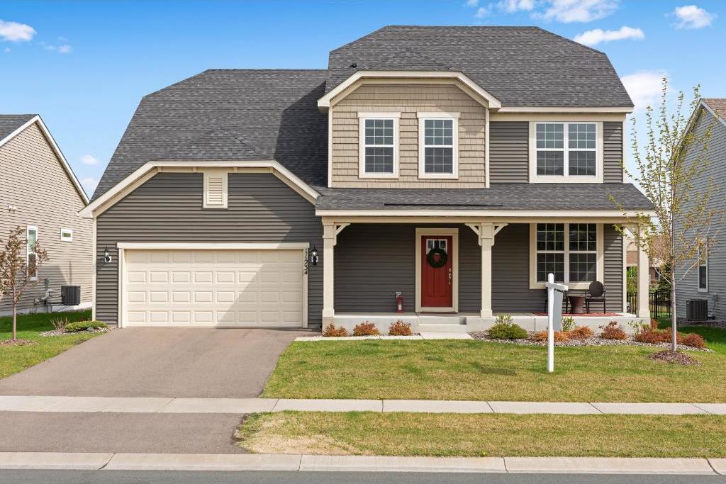 11234 N 84th Place, Maple Grove, MN 55369