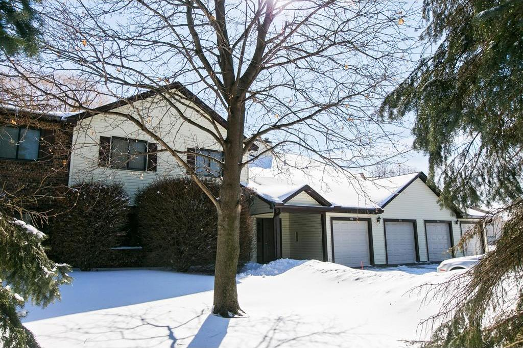 992 E Heritage Court #407, Vadnais Heights, MN 55127