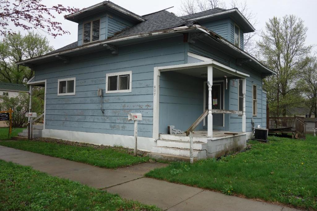 405 E Hoosac Street, Waterville, MN 56096