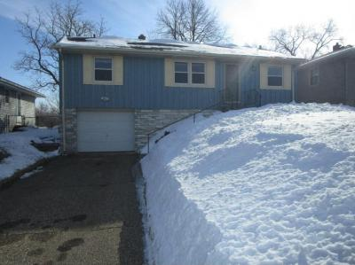 Photo of 1423 S 9th Avenue, South Saint Paul, MN 55075