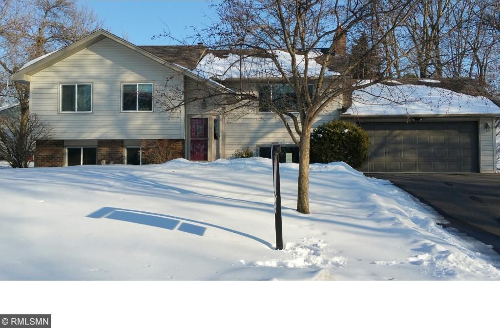 7391 Berkshire Way, Maple Grove, MN 55311
