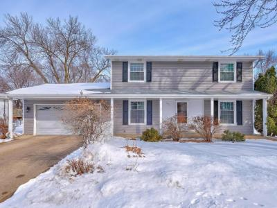Photo of 969 Whitney Drive, Apple Valley, MN 55124
