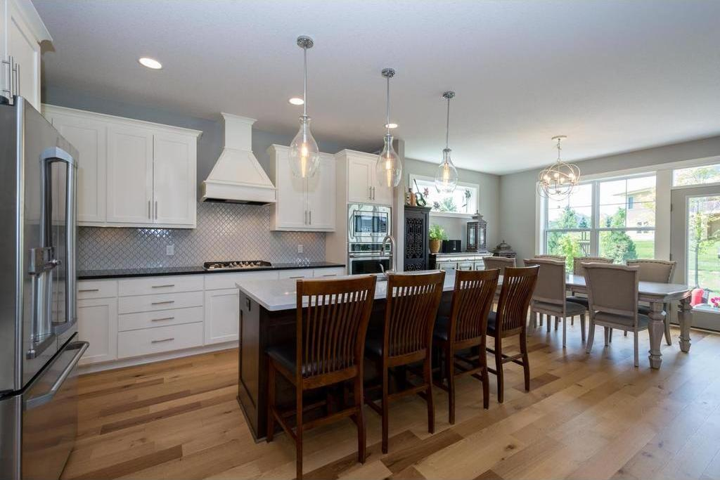 16643 Eagleview Drive, Lakeville, MN 55044