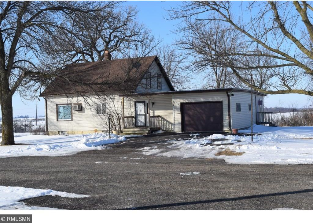 24750 Meridian Circle, Belle Plaine, MN 56011