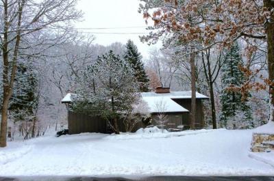 Photo of 5913 Hansen Road, Edina, MN 55436