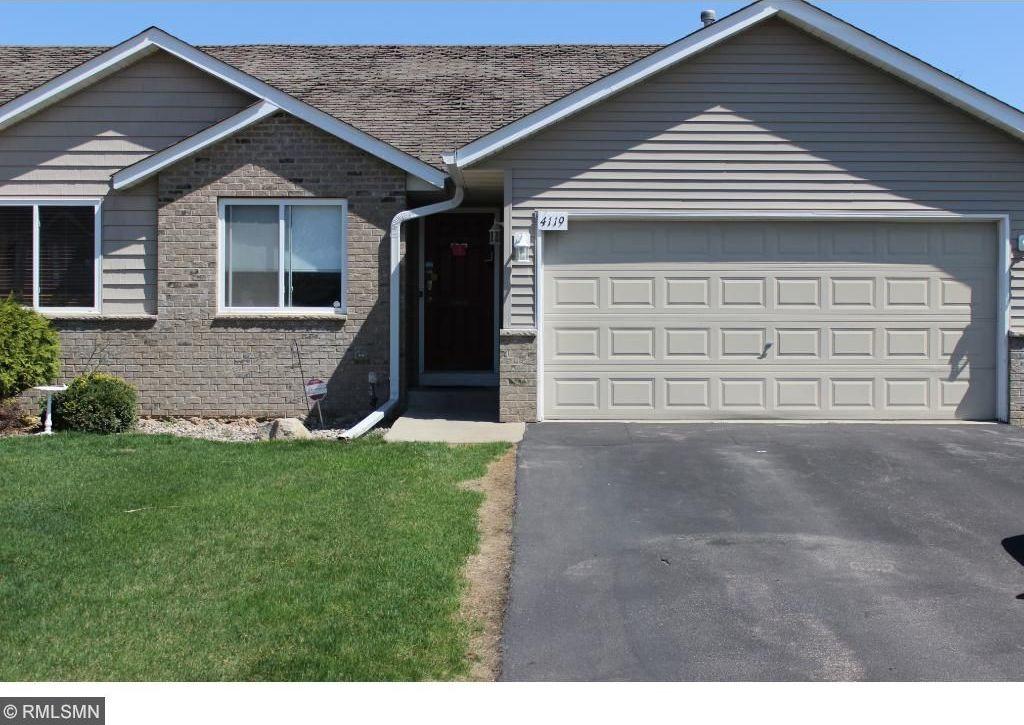 4119 Blakewood Drive, Shakopee, MN 55379