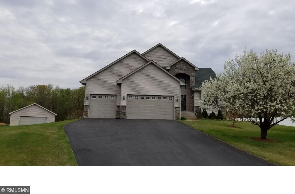 2837 NW 209th Lane, Oak Grove, MN 55011