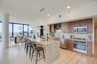 Photo of 740 Portland Avenue #1301, Minneapolis, MN 55415