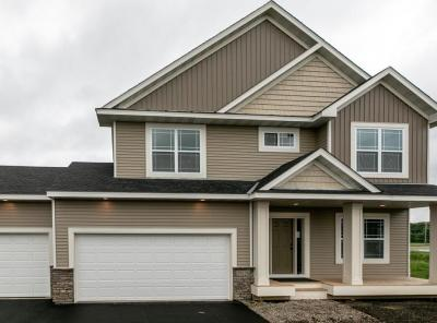 Photo of 17929 Equinox Avenue, Lakeville, MN 55024