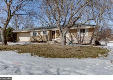 5920 W Meadow Lake Road, New Hope, MN 55428