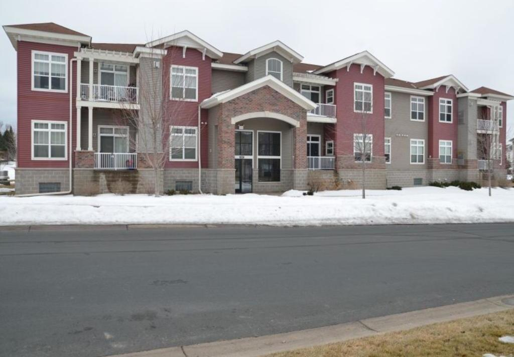 17417 N 72nd Avenue #202, Maple Grove, MN 55311