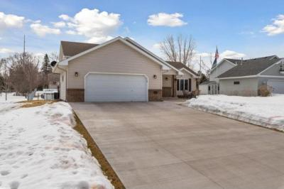 Photo of 506 NW 8th Avenue, Forest Lake, MN 55025