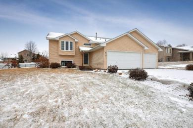 407 NW Maple Knoll Way, Saint Michael, MN 55376