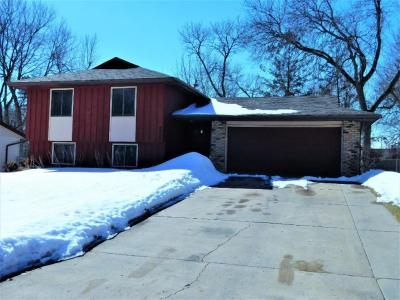 Photo of 2220 NW 105th Lane, Coon Rapids, MN 55433