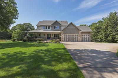Photo of 20562 NW Victoria Drive, Elk River, MN 55330