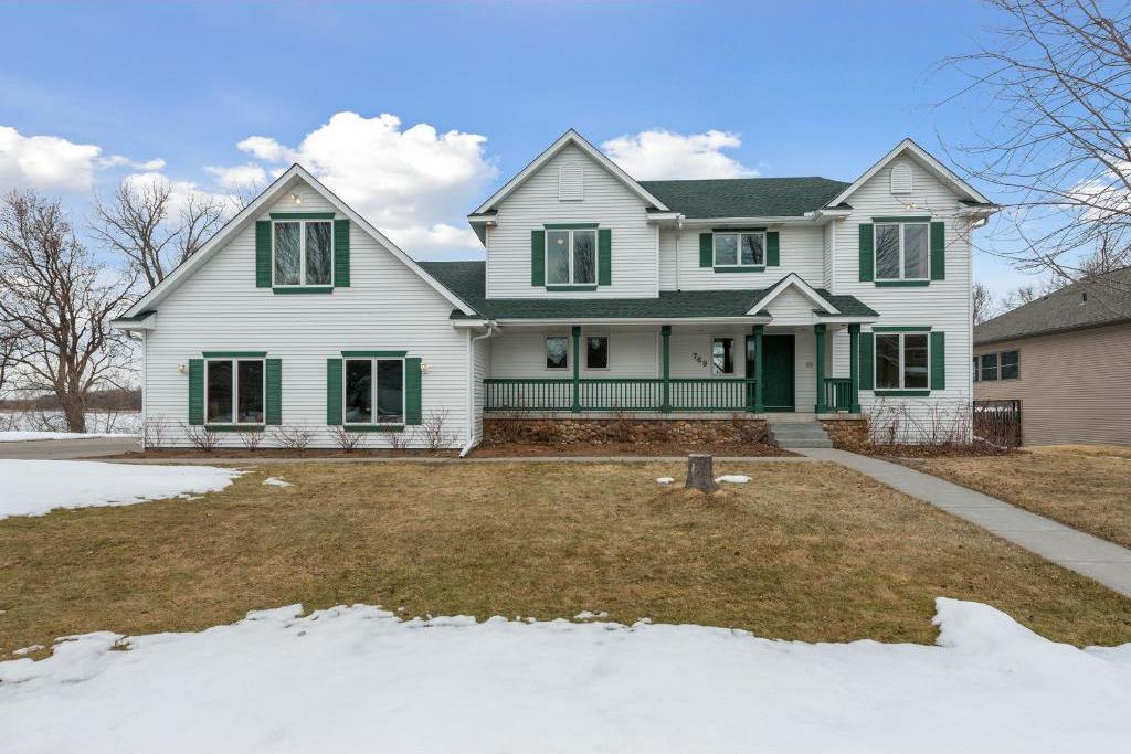 769 Country Lakes Drive, Lino Lakes, MN 55014