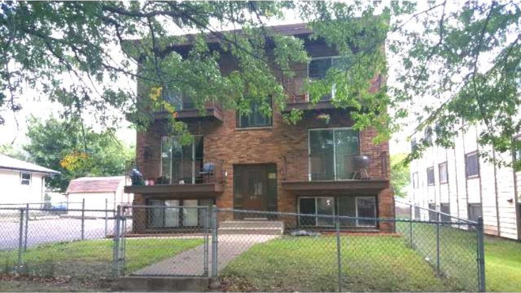 1576 Woodbridge Street, Saint Paul, MN 55117