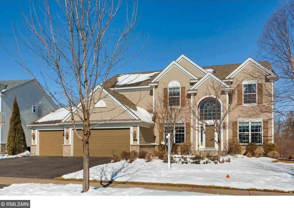 17806 N 72nd Place, Maple Grove, MN 55311