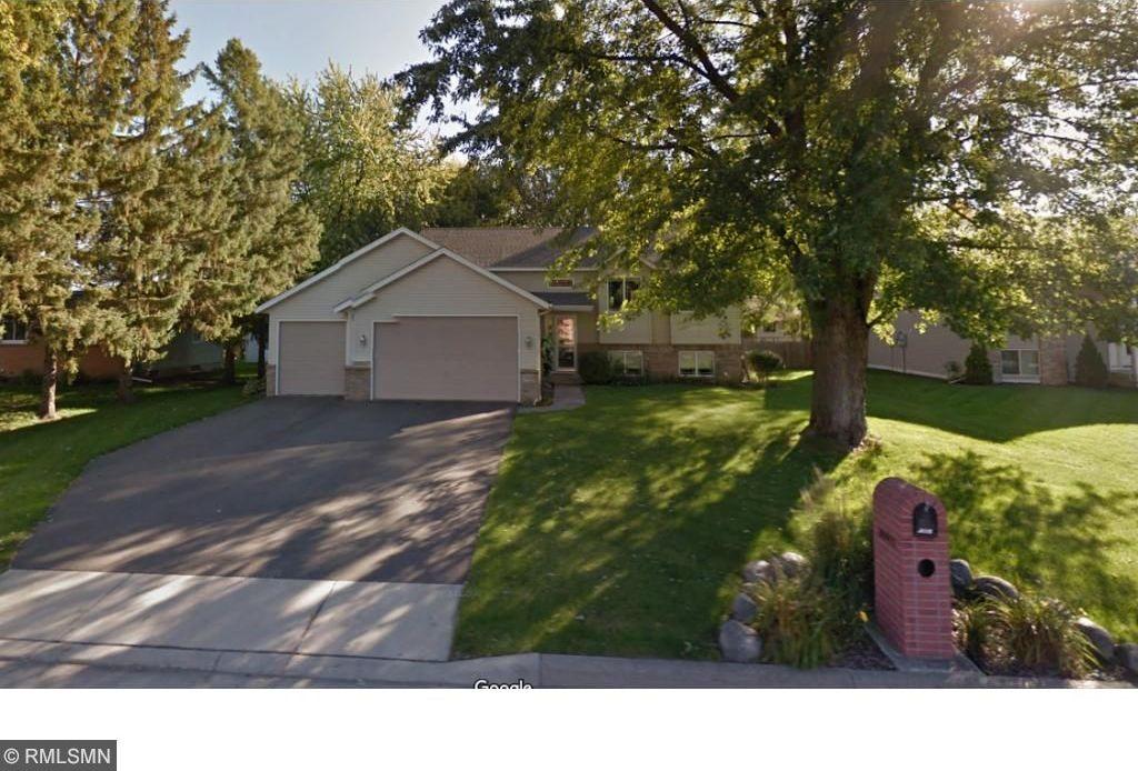 20450 Holyoke Avenue, Lakeville, MN 55044