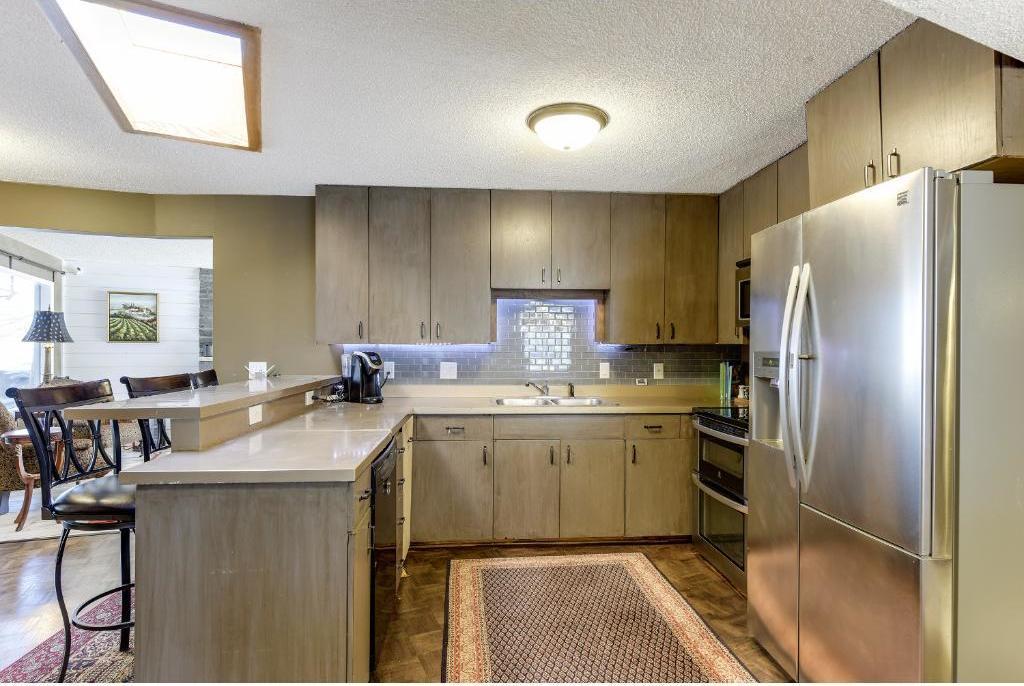 9200 Briar Lane, Bloomington, MN 55437