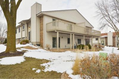 Photo of 2510 E Rose Avenue, Maplewood, MN 55119