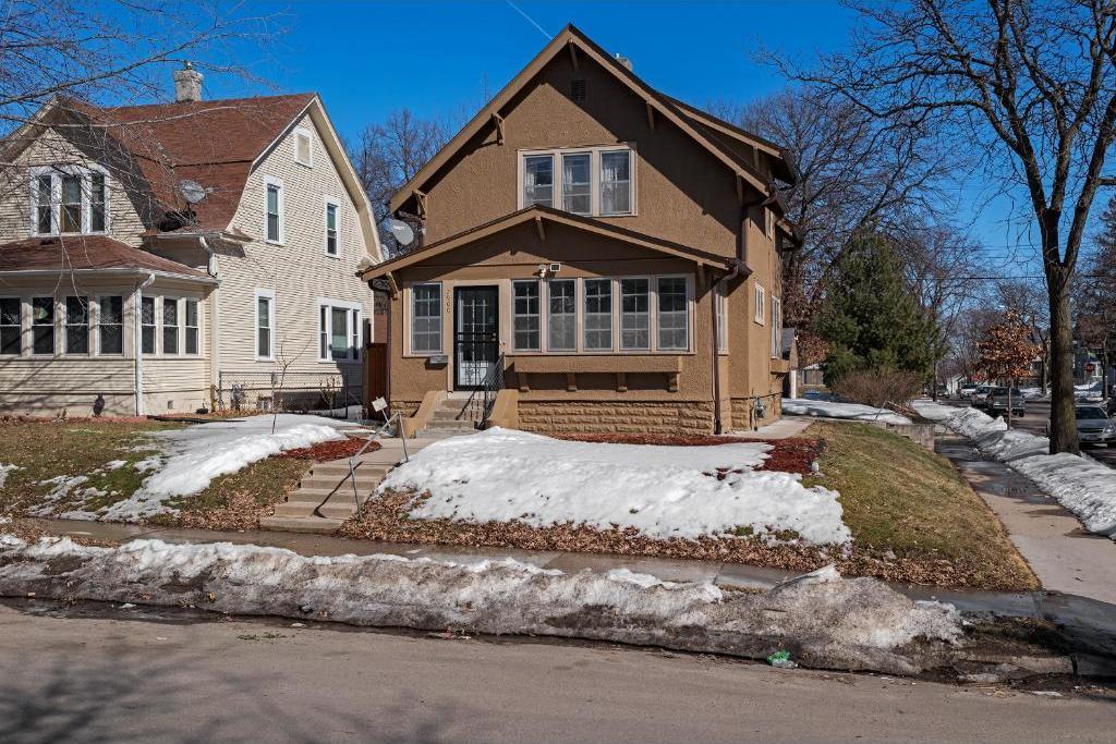 2900 N Girard Avenue, Minneapolis, MN 55411