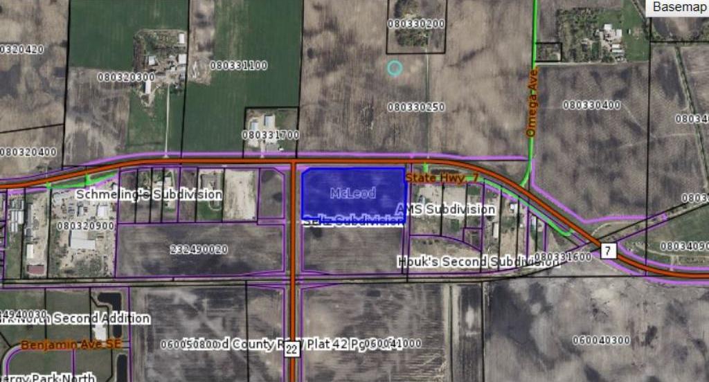 NA E 7 Highway, Hutchinson, MN 55350