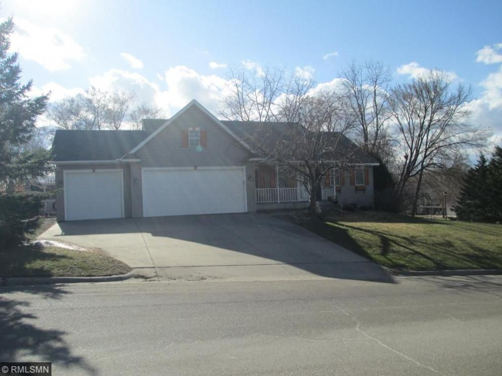 2420 Cannon Street, Hastings, MN 55033