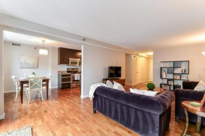 Photo of 52 Groveland Terrace #A314, Minneapolis, MN 55403