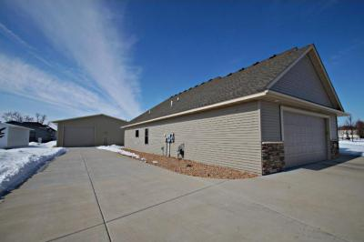 Photo of 7795 Clydesdale Circle, Lino Lakes, MN 55014