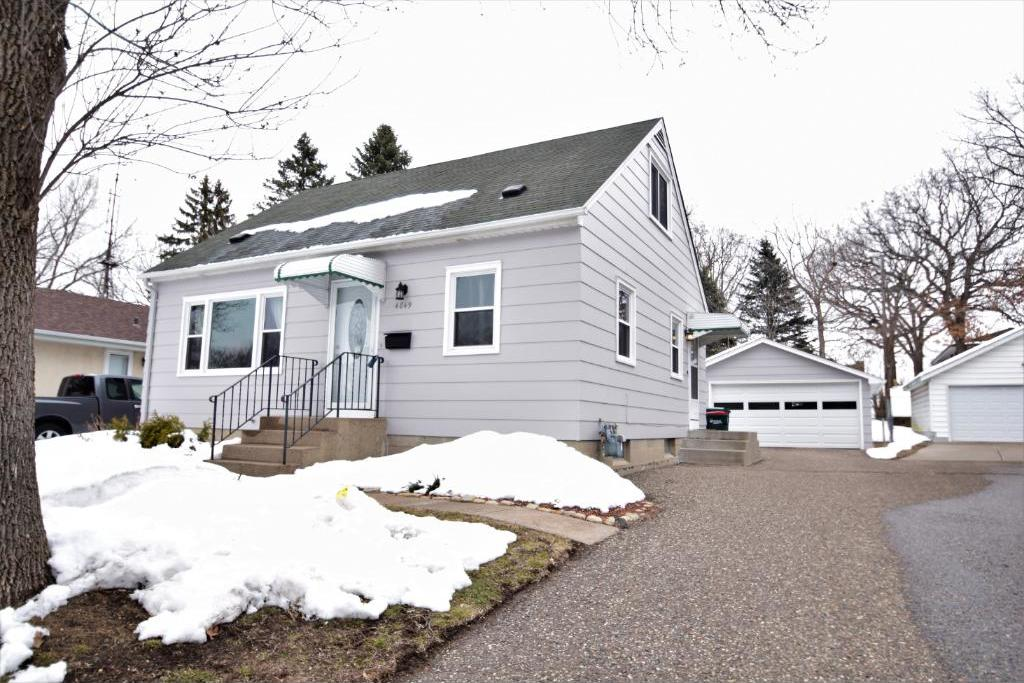 4849 Upland Crest, Columbia Heights, MN 55421